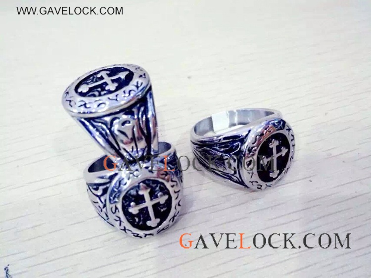 Fashion Design Stainless Steel Ring On Sale