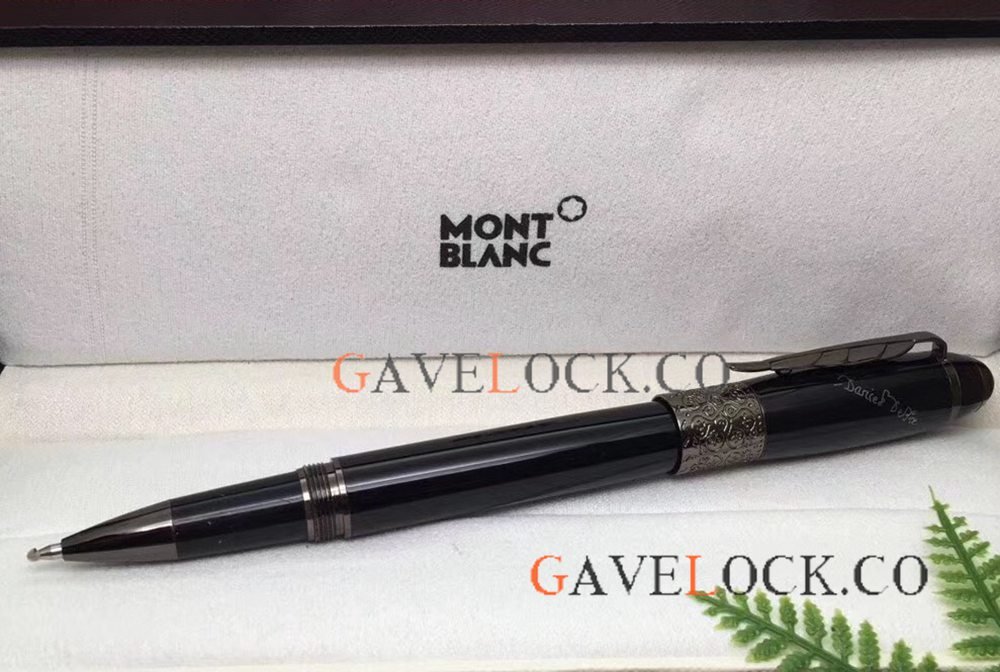 Montblanc Daniel Defoe Series All Black Rollerball Pen - AAA Replica